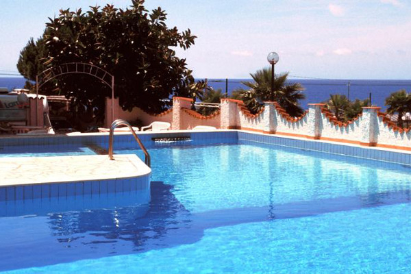 Hotel Ariston - piscina