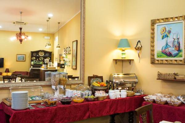 Hotel Belle Epoque - banco colazione