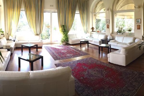 hotel-morandi-hall