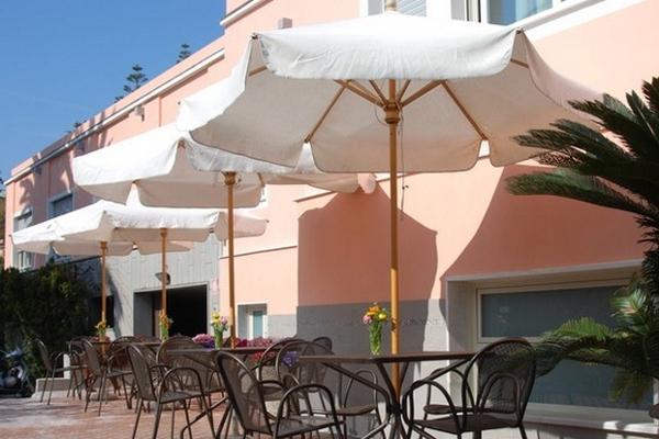 Hotel Napoleon - area relax esterna