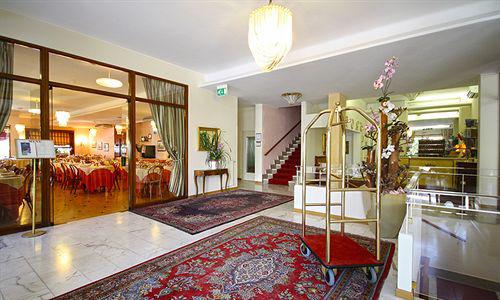 hall-hotel-principe