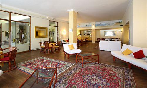 lounge-executive
