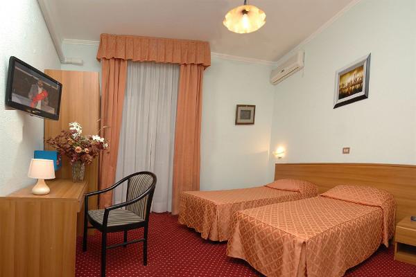 Hotel Sorriso - camera2
