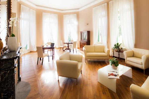 hotel-villa-sylva-sala-riunioni