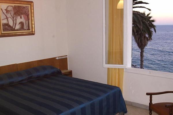 Hotel Villa la Brise - camera
