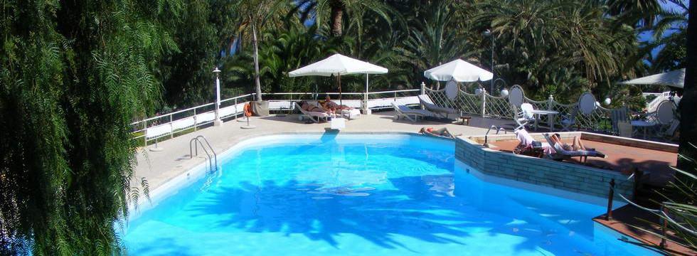 Prenota soggiorno in Grand Hotel de Londres a Sanremo - Online Booking Hotel in Sanremo Italy