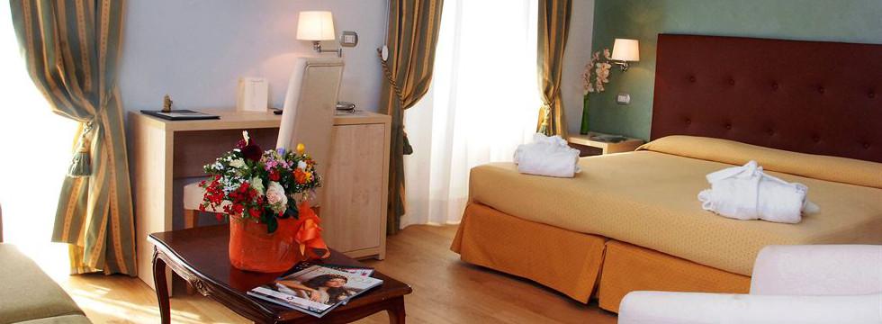 Hotel Paradiso a Sanremo - prenota online alberghi riviera dei fiori - spend fantastic summer holidays in sanremo Italy