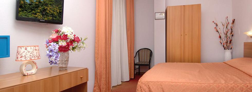 hotel sorriso a sanremo - prenota online camere confortevoli ed economiche