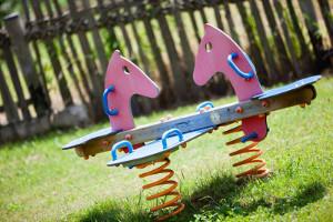prenota hotel di Sanremo con area giochi per bambini per divertenti vacanze a Sanremo per famiglie con bambini
